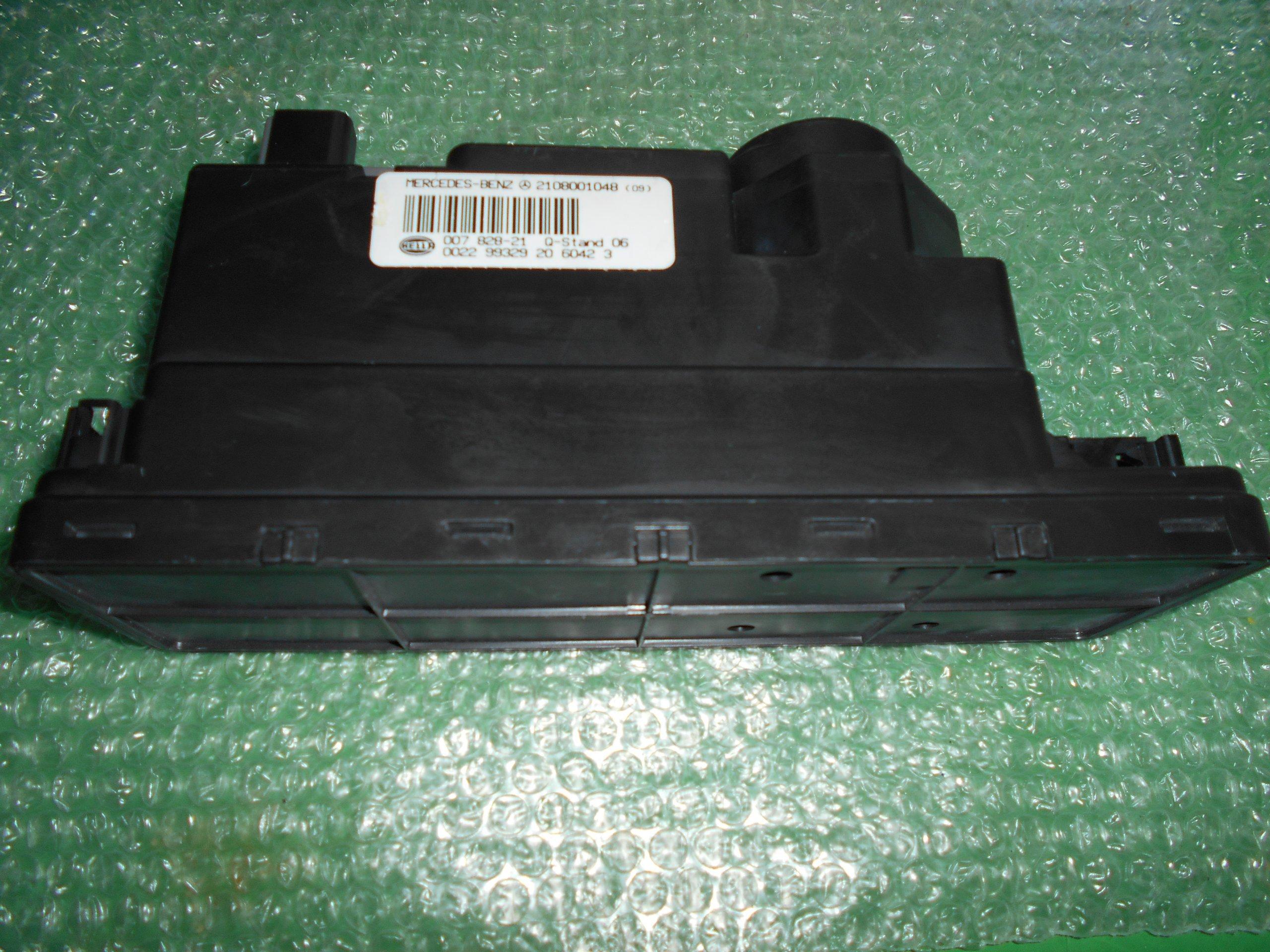 BOMBA DE VACIO 2108001048 – HELLA 007828-21 MERCEDES BENZ (W208-W210)