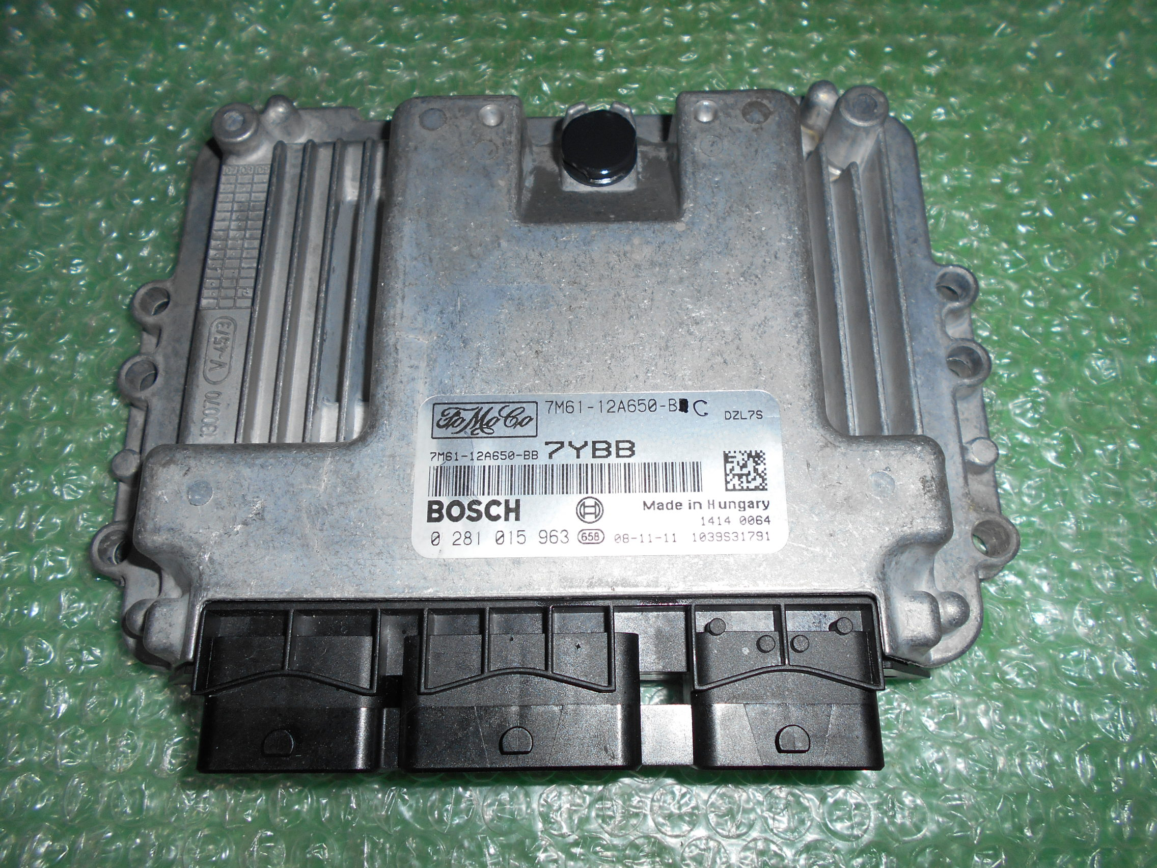 CENTRALITA UCE MOTOR 7M61-12A650-BC – BOSCH 0281015963 FORD FOCUS II – MAZDA 3 1.6 TDCI (2003-2008)